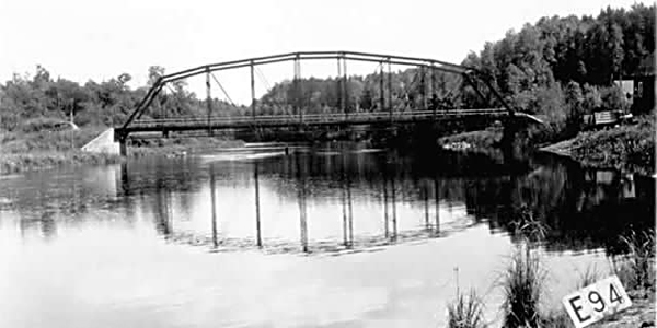 Image of the third bridge over the Vermilion River built in